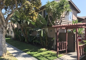 1009 Valencia, Costa Mesa, CA 92626, 3 Bedrooms Bedrooms, ,2 BathroomsBathrooms,Apartment,For Rent,Valencia,2,1011